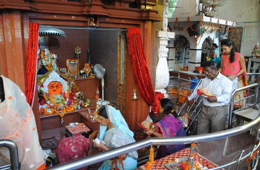 See Video : पंचमी पर माता की गोदभराई करने मंदिरों में कतार भिलाई सहित दुर्ग के कई मंदिरों में भी विशेष आयोजन
