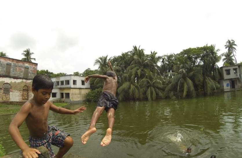 सुरक्षा को ध्यान में रख कर प्रशासन करे तालाबों की घेराबंदी