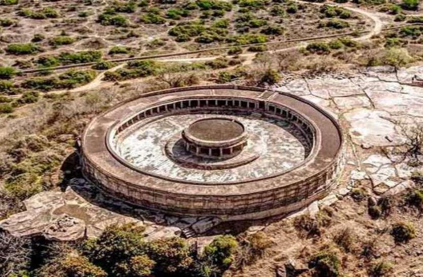 इस मंदिर की तर्ज पर बना है संसद भवन, आज सरकारों को भी नहीं है इसकी सुध लेने की फुर्सत