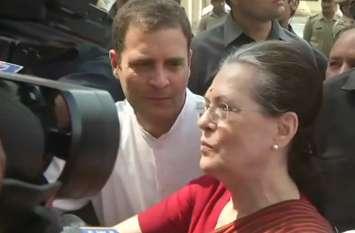 नामांकन के बाद सोनिया गांधी की चेतावनी, अजेय नहीं हैं नरेंद्र मोदी, 2004 याद कर ले बीजेपी