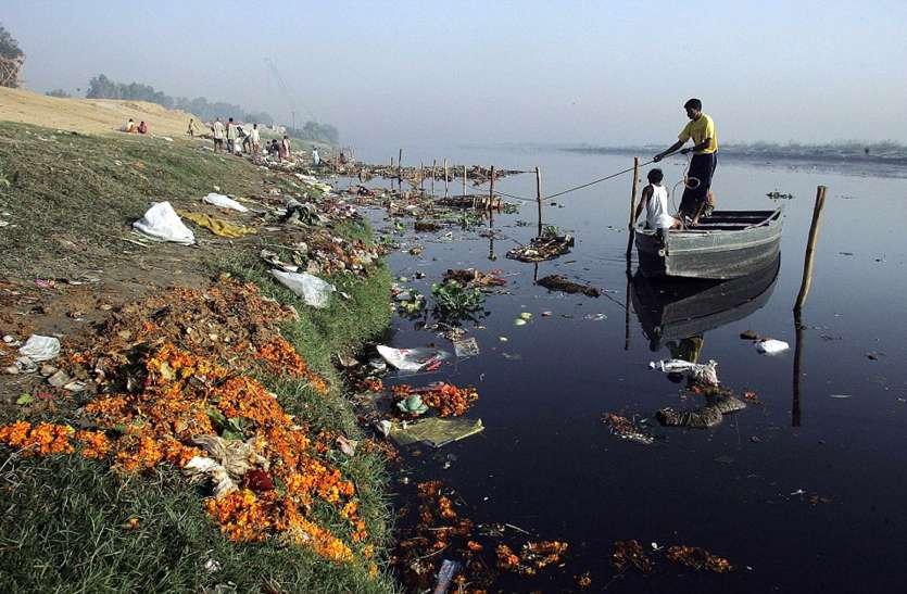 यमुना की सफाई के लिए सरकार ने की देरी और दिया अधूरा एक्शन प्लान, अब हर महीने 1 करोड़ का जुर्माना