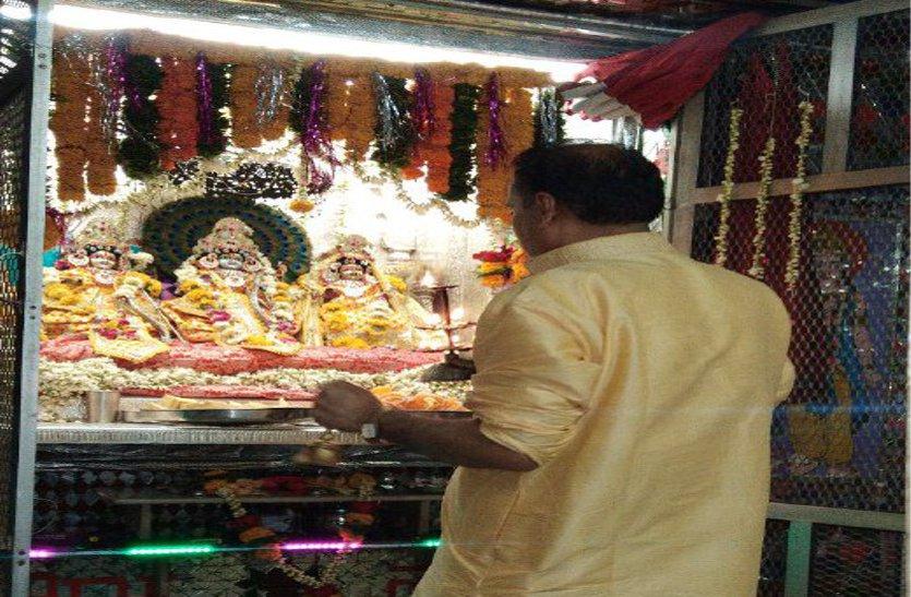 भय प्रकट कृपाला दीन दयाला स्तुति के साथ हुआ श्रीराम भगवान का जन्म