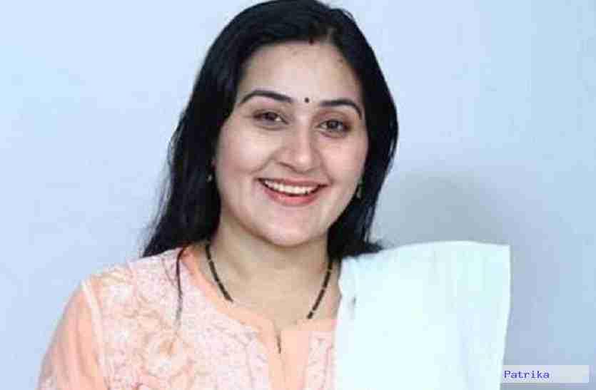 डॉली शर्मा