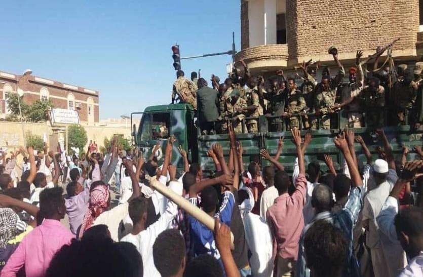 सूडान में संकट: क्या किसी समझौते तक पहुंचेंगे सेना और प्रदर्शनकारी?