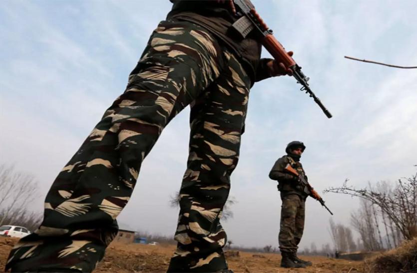 झारखंड: सुरक्षाबलों के साथ मुठभेड़ में 3 नक्सली ढेर, सीआरपीएफ का जवान शहीद