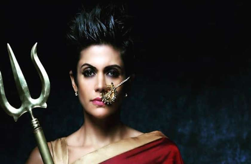 happy-birthday-mandira-bedi-know-intresting-facts-about-her