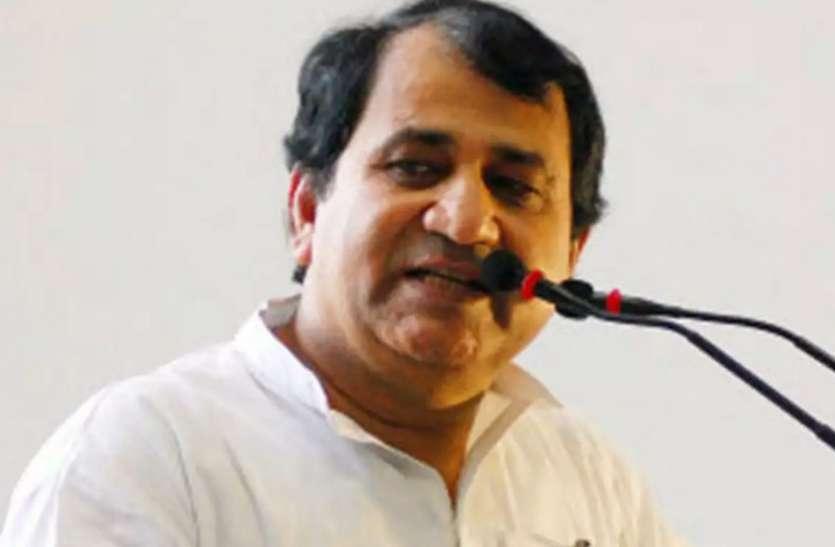 शकील अहमद का कांग्रेस प्रवक्ता पद से इस्तीफा, मधुबनी से निर्दलीय चुनाव लड़ने का ऐलान