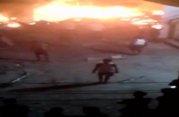 गुरुग्राम: सीएनजी कार में धमाके के बाद पटाखों के गोदाम में लगी आग, 1 की मौत 5 घायल
