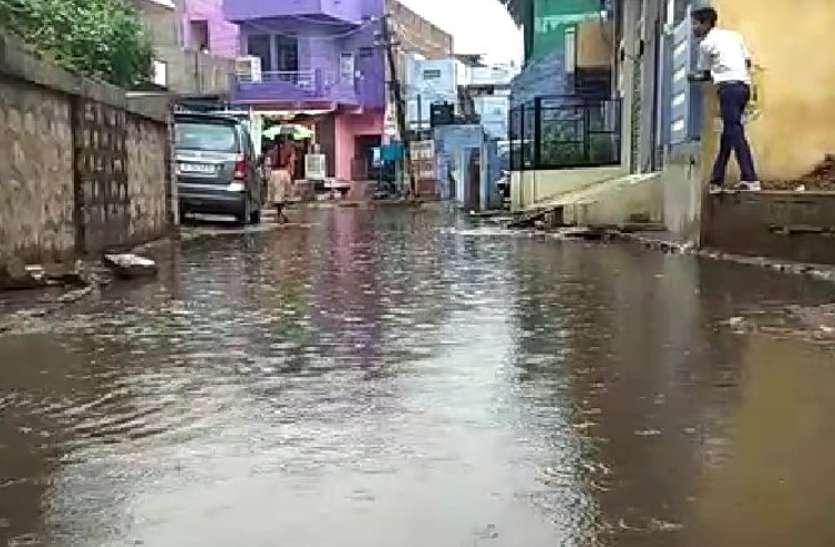 Rain In Rajasthan : राजस्थान के पूर्वी हिस्सों में बादल मेहरबान, आज भी भारी बारिश की चेतावनी