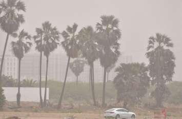 मौसम में बदलाव ने बढ़ाई किसानों की चिंता