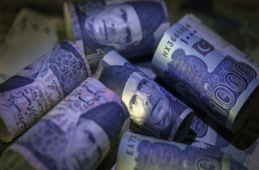 पाकिस्तान को 6 से 8 अरब डॉलर का राहत पैकेज दे सकता है IMF