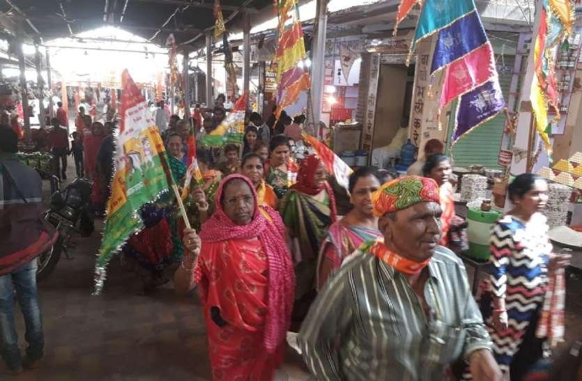 रामदेवरा में उमड़ी श्रद्धालुओं की भीड़