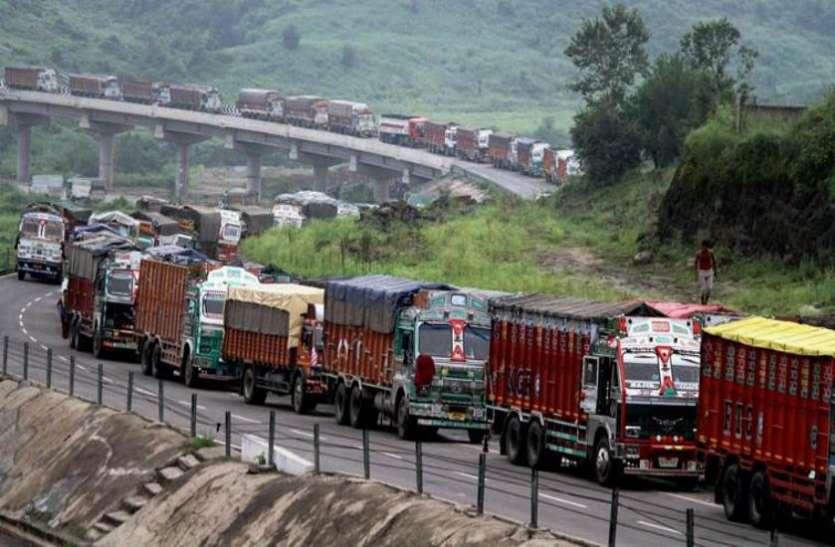 जम्मू-श्रीनगर हाईवे पर इस बुधवार आम नागरिक भी कर सकेंगे आवाजाही, इस कारण हटी पाबंदी