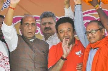 कांग्रेस से मुुक्ति मिलते ही मिट जाएगी भारत से गरीबी- राजनाथ
