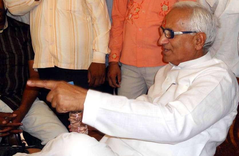 चूरू से BJP प्रत्याशी राहुल कस्वां के सामने पिता रामसिंह कस्वां मैदान में उतरे