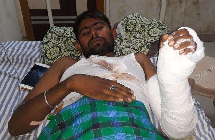 सांचौर में युवक पर धारदार हथियार से हमला...पढ़ें पूरी खबर