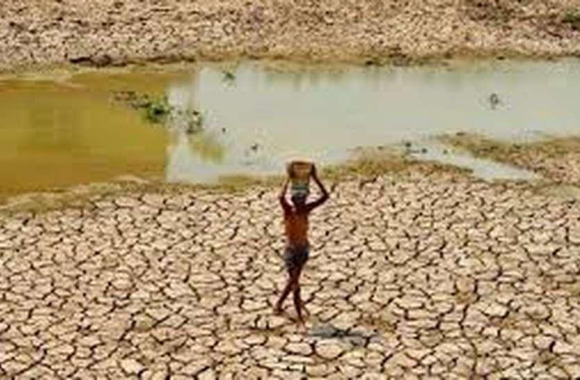 कमलनाथ सरकार ने जलसंकट से खींचे हाथ: निजी ट्यूबवेलों पर पड़ी प्रशासन की नजर
