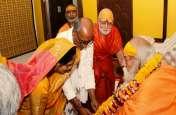 नामांकन से पहले पत्नी अमृता राय के साथ मंदिर पहुंचे दिग्विजय, गुरु से लिया आशीर्वाद