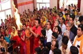 हनुमान जयंती : मंदिरों में गूंजे जयकारे देखें फोटो