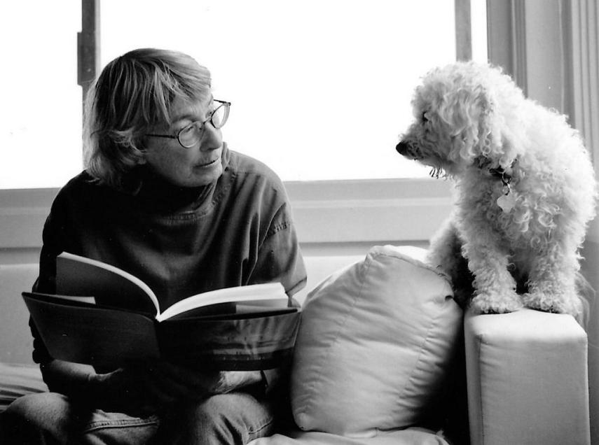 अमरीका में सबसे ज्यादा पढ़ी जाने वाली यह कवयित्री कुत्तों पर लिखती है कविताएं