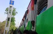इस रूट पर पांच घंटे तक खड़ी रही देहरादून से दिल्ली जा रही मसूरी एक्सप्रेस, यात्री हुए परेशान