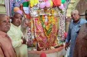 तस्वीरों में देखें कैसे राम भक्त हनुमान की चर्चा रही गली-गली...
