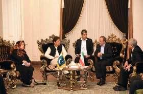 पाकिस्तान: प्रधानमंत्री इमरान खान दो दिवसीय आधिकारिक यात्रा पर पहुंचे ईरान