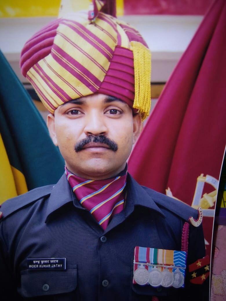 मातृभूमि की रक्षा से पहले थमीं सैनिक की सांसे