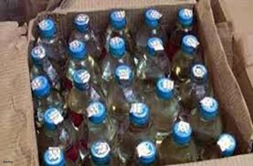 ढाबों में खुलेआम हो रही शराब की बिक्री, फिर भी की जा रही नियमों की अनदेखी