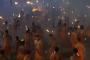 Video कर्नाटक में खौफ का खेल, एक दूसरे पर मशाल से हमला करते हैं लोग