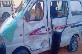 रामदेवरा से लौट रहे श्रद्धालुओं की कार का टायर फटने से हादसा, फिर दिखा बाबा का चमत्कार
