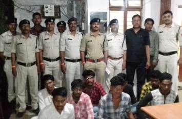 शादी समारोह में आई युवती से आठ युवकों ने मारपीट व छेड़छाड़ कर किया गैंग रेप, गिरफ्तार