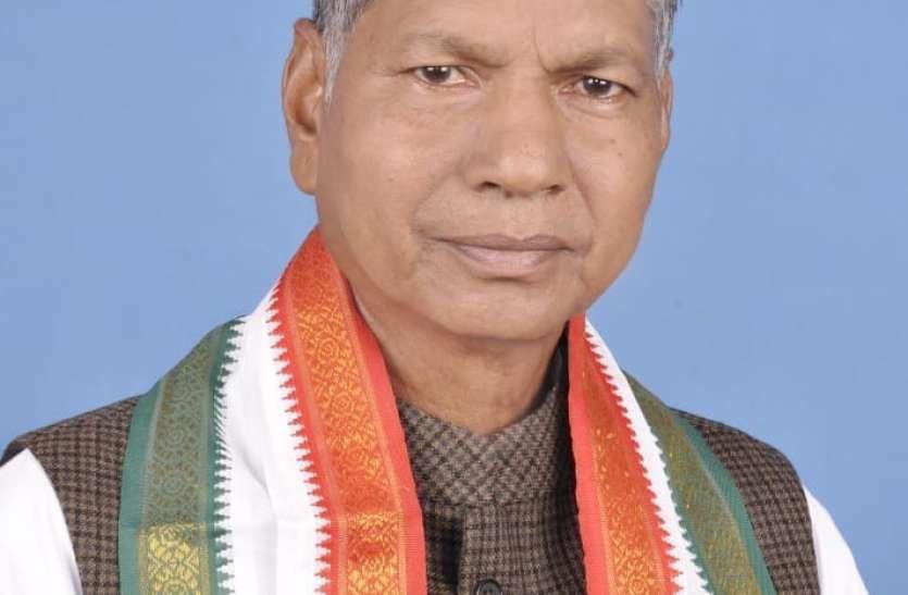 खेलसाय सिंह ने किया मतदान ,ज्यादा से ज्यादा वोट डालने की अपील