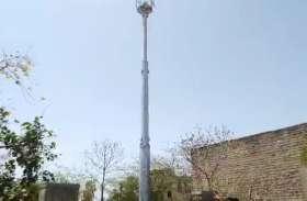 मोबाइल फोन टावर से बैटरियां चोरी कर ले जाते एक जना पुलिस के हत्थे चढ़ा, दो दर्जन बैटरियो साहित लोडिंग वाहन जब्त किया