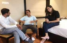 रायपुर पहुंचे माही के चाइल्डहुड कोच, 'एमएस धोनी द अनटोल्ड स्टोरी' में है इनका जिक्र