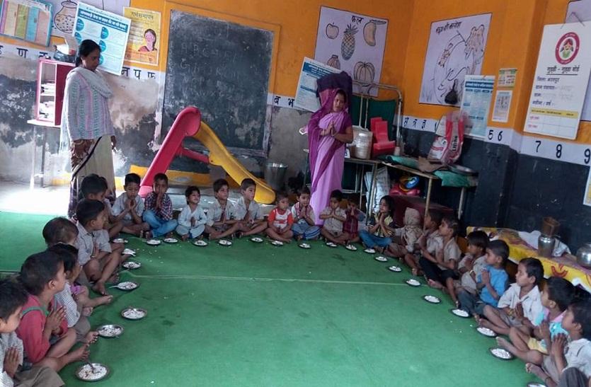 बच्चों का आधार बढ़ाएगा बाल विकास विभाग की परेशानी