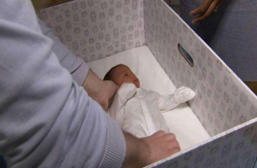 डॉक्टरों ने मृत बताकर नवजात को कर दिया डिब्बे में बंद, लेकिन फिर हुआ ये चमत्कार