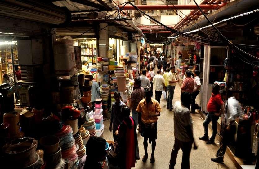 कोलकाता के चर्चित मार्केट की ८०० दुकानें जल कर हो गई थी खाक