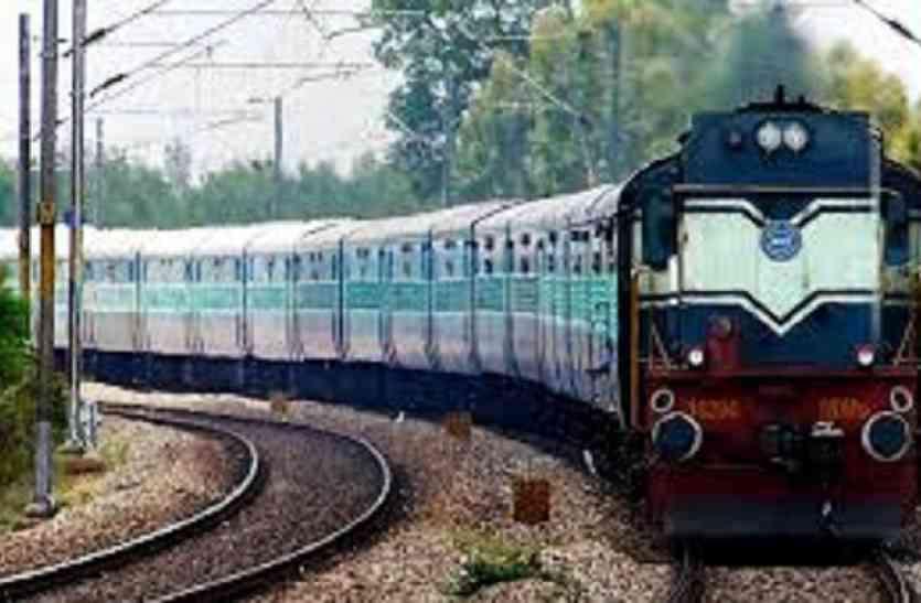 गांधीनगर स्टेशन पर पुनर्निर्माण कार्य से ट्रेनें प्रभावित