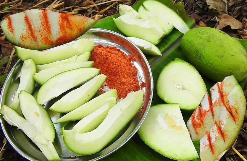 गर्मियों में कच्चे आम खाने के इतने फायदे, नहीं है किसी औषधि से कम