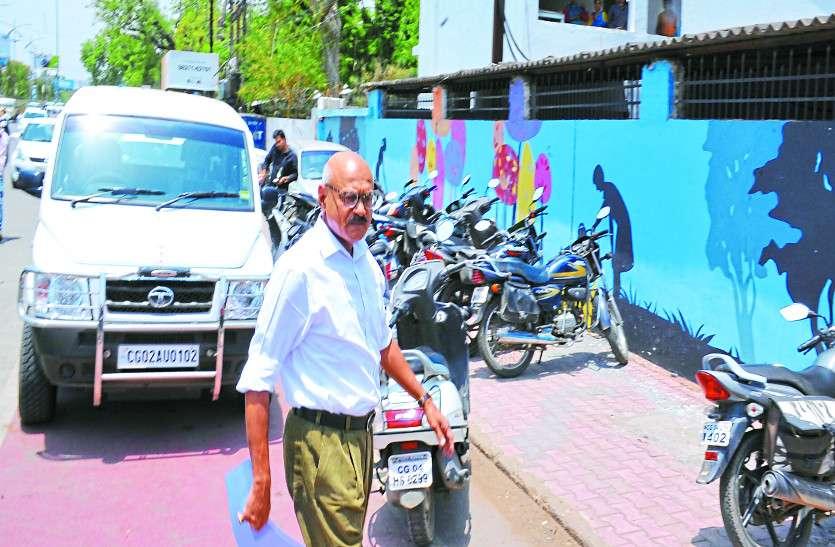 पुलिस से निलंबित डीजी मुकेश गुप्ता अब बे-कार, सुरक्षाकर्मियों की संख्या में भी होगी कटौती