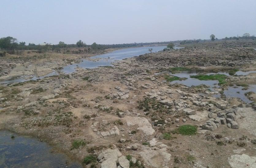जलसंकट: गर्मी के दो महीने निस्तारी और पीने का पानी के लिए करनी पड़ेगी मशक्कत
