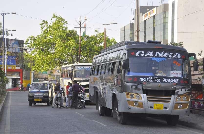 यातायात पुलिस अनदेखी लगा रही जाम