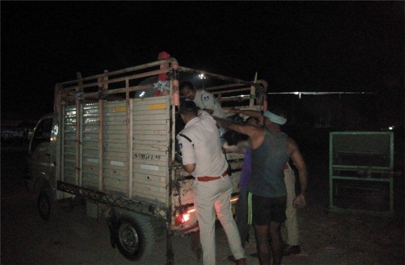 घर से बेघर हुए हम्माल की ट्रक के कुचलने से मौत, पढ़े खबर