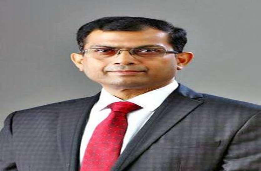 पूर्व CS अजय सिंह के खिलाफ भ्रष्टाचार मामले में EOW ने शासन से मांगी जांच की अनुमति