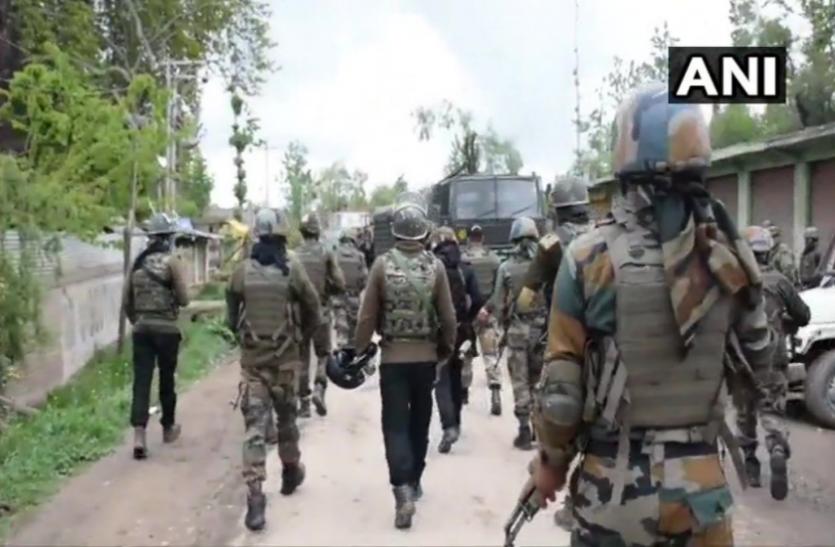 जम्मू-कश्मीरः अवंतीपुरा में आतंकवादियों और सुरक्षा बलों के बीच मुठभेड़ जारी