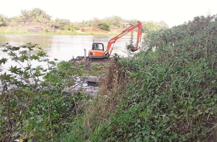 प्रदूषित हो चुकी उल्हास नदी की सफाई शुरू