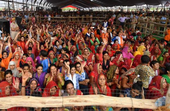 कांग्रेस और भाजपा के राष्ट्रीय नेता अब हरियाणा में भरेंगे हुंकार, इस दिन होगी प्रियंका, मोदी और शाह की चुनावी रैलियां