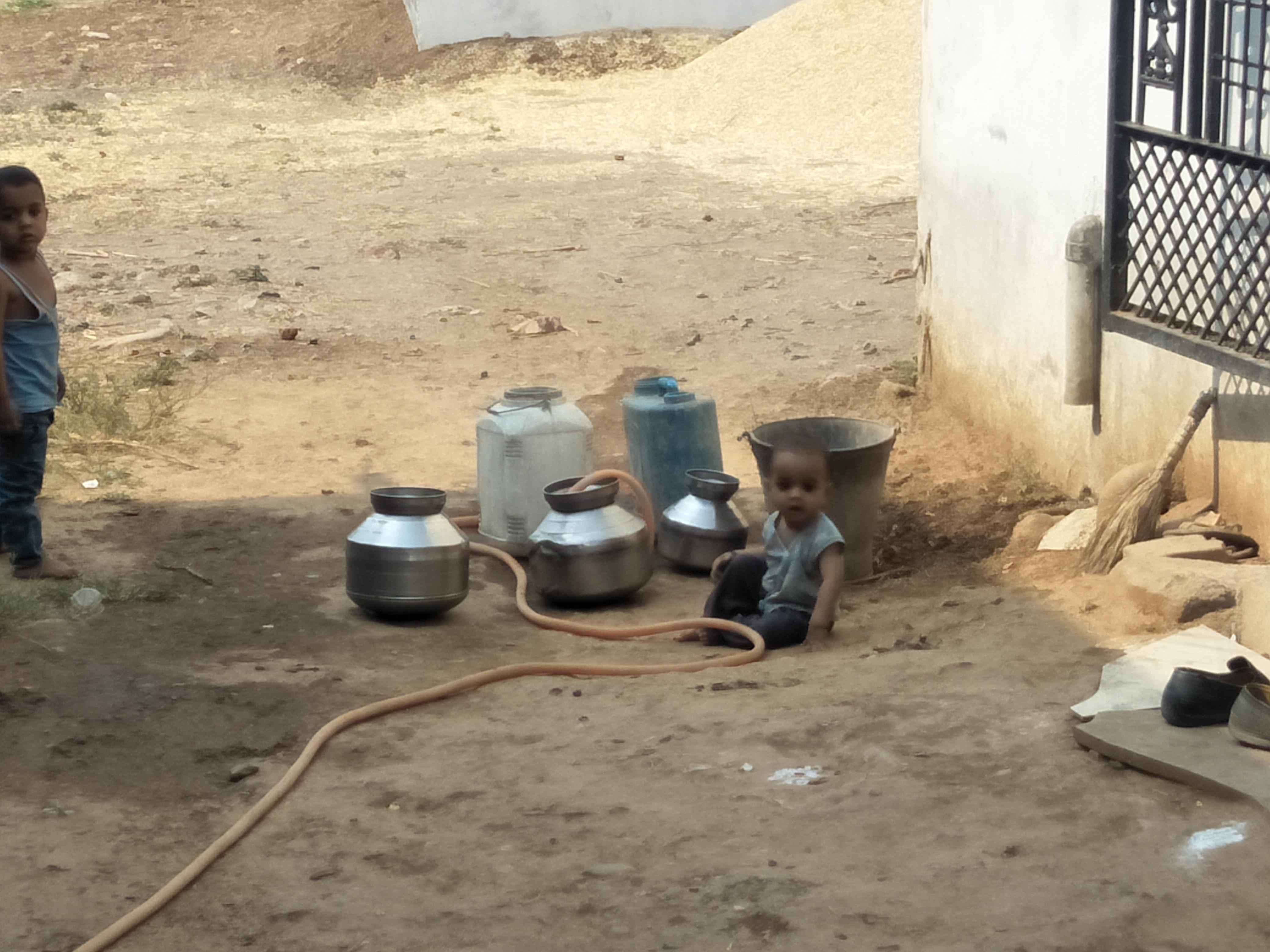 जिले के कई गांव जूझ रहे पेयजल संकट से