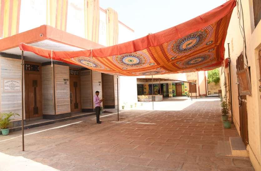 बीकानेर लोकसभा चुनाव के लिए मतदान शुरू, 9 प्रत्याशियों के भाग्य का फैसला हाेगा